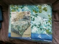 "70s Vintage blue flowers Acrylic 72x90"" Twin Full Blanket NIP SEALED WOOLWORTH"