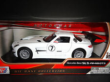 Motormax Mercedes Benz SLS AMG GT3 White 1/24