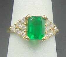 Beautiful Eye Clean Emerald 1.42 ct Ring 14k yellow gold with diamonds AGL