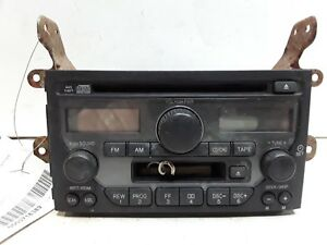 03 04 05 Honda Pilot AM FM CD cassette radio receiver OEM 39100-S9V-A311 1TV2