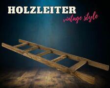 Schöne Leiter, 6 Sprossen, aus dunkelbraunem Holz, als Handtuchhalter / 165cm