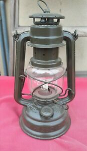 West Germany FEUERHAND 276 Baby Hurricane Lantern Lamp. Excellent