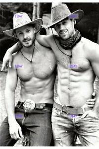 POSTCARD Print / Two friendly sexy cowboys / Gay Interest