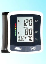 WRIST BLOOD PRESSURE MONITOR AUTOMATIC WITH LARGE DIGITAL DISPLAY