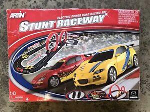 "Artin Electric Powered Road Racing Set ""STUNT RACING"" Size 1:43"