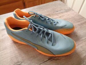 New Men's PUMA Invicto Fresh Non-Marking Indoor Soccer Shoes 11 Orange Blue
