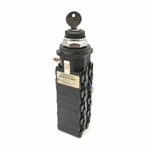 Telemecanique XB3DX1013NE Keyed Cam Selector Switch 45° 115/230/460-575VAC, 3Hp