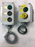 (2)Pcs. SIEMENS PUSHBUTTON STATION PLASTIC 3-HOLE & 2-HOLE