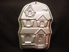 Wilton HAUNTED HOUSE cake pan HOLIDAY MANSION baking mold tin CHRISTMAS PARTY