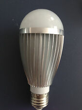 7W High Quality Globe LED Light bulb White color E27 Medium Screw Base Household