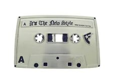 Famous Star and Straps Belt Buckle Cassette Music Silver hebilla del cinturón