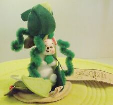 """Annalee Doll Mouse in a Bean Pod Sweet Pea 3"""" with original new tags"""