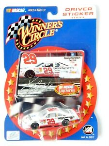 Kevin Harvick #29 Monte Carlo (2001 Rookie) Car (Nascar)(Winner's Circle)(2002)
