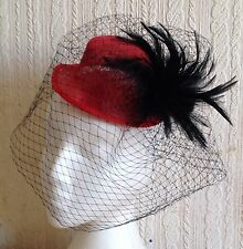 Noir Voile Plume Rouge Sinamay Mini Top Hat Fascinator Millinery Mariage