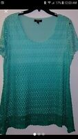 ELEMENTZ GREEN OMBRE WOMENS TOP. SIZE XL WORN ONCE. VERY NICE