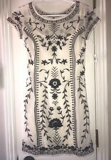 ABERCROMBIE & FITCH DRESS XS NWT EMBROIDERED BLACK/WHITE LINED STRETCHY BEAUTIFU
