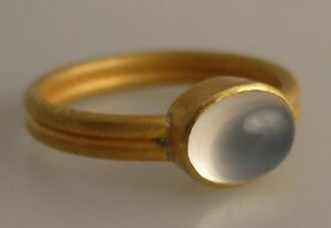 22K gold ring 8x6 moonstone cabochon size 6.5