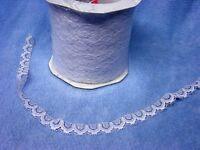 Filigrane Spitze Deko Band weiße Borte ca. 1,5 cm breit Rolle mit ca. 600 m...