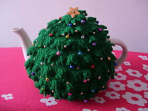 Hand Knitted Christmas Tree Tea Cosy - BNWT - Fabulous Gift (*2)