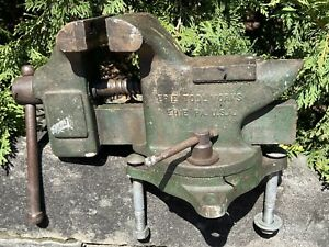 """Antique 25 Pound Large ERIE TOOL SUPERIOR Heavy Duty Swivel Bench Vise 4"""" Jaws"""