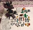 Lg Lot of Robots The Movie 2005 Figures, Accessories & Gasket's Chop Shop Mattel