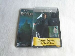 NECA Harry Potter and the Order of the Phoenix:  Harry Potter with Wand & Base