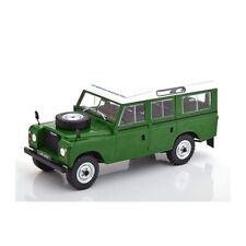 WHITEBOX WB124033 Land Rover Series III 109 grün Maßstab 1:24 Modellauto NEU!°