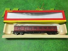"Hornby R4293A Suburban ""B"" set coach in BR maroon"