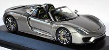 Porsche 918 Spyder Production 2013 liquid metal silber 1:43 Minichamps