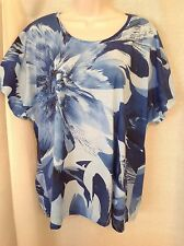 CJ Banks Blue Pattern Floral Top Size 1X/2X Short Sleeves