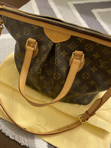 louis vuittons handbags Used With Tag