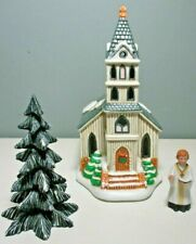 """1989 Lefton Colonial Village """"First Church"""" Lighted Building w/Accessories 07333"""