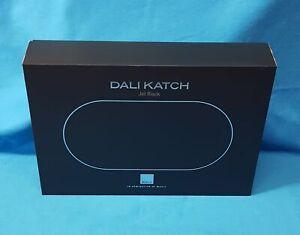 Dali KATCH Jet Black - akkubetriebener Bluetooth-Lautsprecher