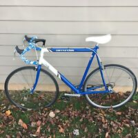 Cannondale Criterium Vintage SR 400 3.0 Roadbike Great Condition Just Serviced