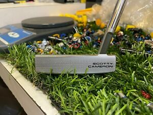 Scotty Cameron Special Select Flow Back 5.5 Putter (L)