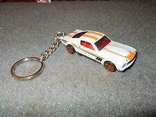 1965 1966 FORD MUSTANG FASTBACK DIECAST MODEL CAR KEYCHAIN KEYRING SILVER W RED