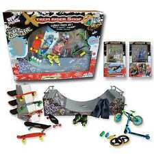 Ideal Gift Kids - Big Box SCOOT & Skate  Park Halfpipe Finger Skate, Rollers,BMX