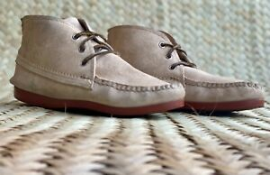 QUODDY Mens Suede Chukka Boots Beige Sz-7 Made in Maine.