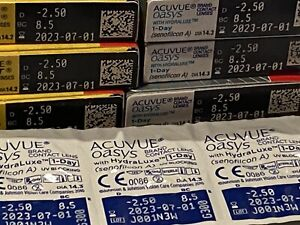 Acuvu Moist & Oasys includes 52 Lens BRAND NEW With  UV Blocking View Photos