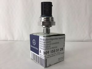Genuine Mercedes-Benz OM651 Engine Exhaust Back Pressure Sensor A0091535128 NEW