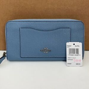 Coach Cornflower Blue Crossgrain Leather Accordian Zip Wallet New with Tags