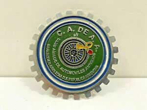 ARGENTINA BUENOS AIRES FRIENDS OF ANTIQUE AUTOMOBILES CLUB GRILLE BADGE #58b