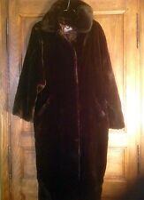 Superbe Grand manteau en fourrure synthétique. Très chaud. Marque1.2.3.