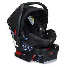 Britax B-Safe 35 Infant Car Seat in Raven Brand New!! Free Shipping!!