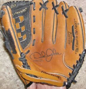 Pre-owned Rawlings Youth Derek Jeter GS10PT 10 inch Leather Baseball Glove!!!