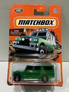 2021 Matchbox #91 1965 LAND ROVER GEN II green/gray; closed luggage carrier