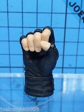 Hot Toys 1:6 Biohazard 5 Albert Wesker (STARS ver.) figure - hold Grenade palm