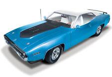 1:18 AUTOWORLD /ERTL 1971 PLYMOUTH ROAD RUNNER 426 HEMI PETTY BLUE