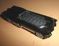 BATMAN the BATMOBILE car HOT WHEELS dark knight DC UNIVERSE diecast toy 1:64