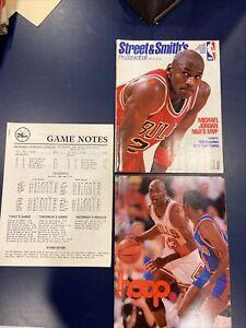 1991-92  Street & Smith's Pro Basketball , Michael Jordan Bulls + HOOP Mag